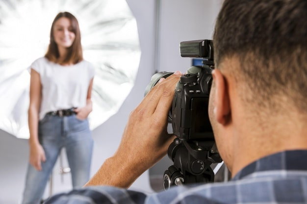 Lỗi khi tạo dáng chụp ảnh cho nhân vật – thợ chụp ảnh nên lưu ý!